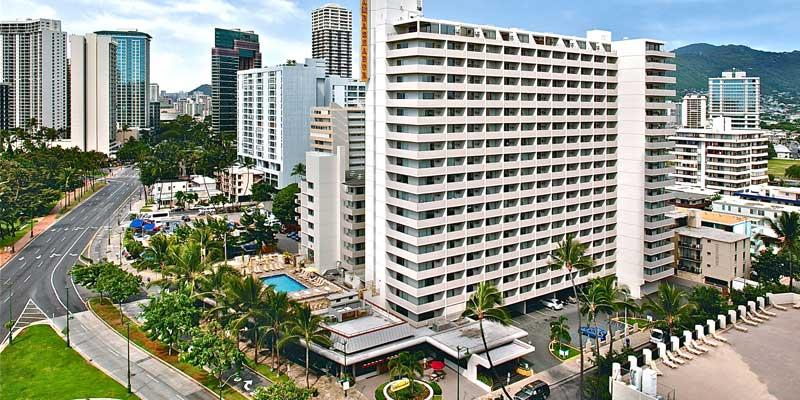 酒店外观(卡拉卡瓦大道与Kuhio街)