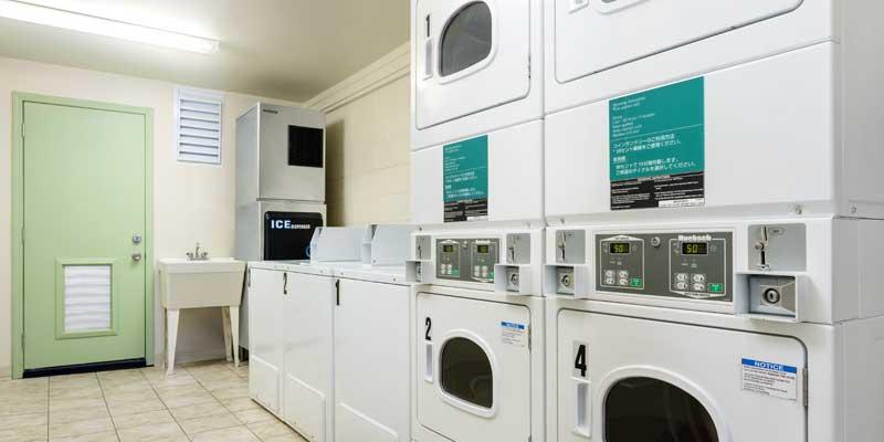 自助洗衣房
